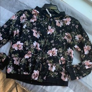 Floral lightweight poly bomber- black